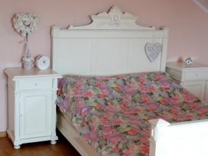 Łóżko czereśniowe