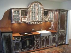 Kuchnia na wymiar rustykalna przecierana